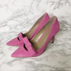 NWOT Ann Taylor Pink Suede Bow Heels